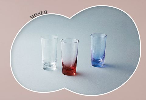 Highball glass, Glass, Transparent material, Drinkware, Water, Tumbler, Still life photography, Old fashioned glass, Shot glass, Tableware,
