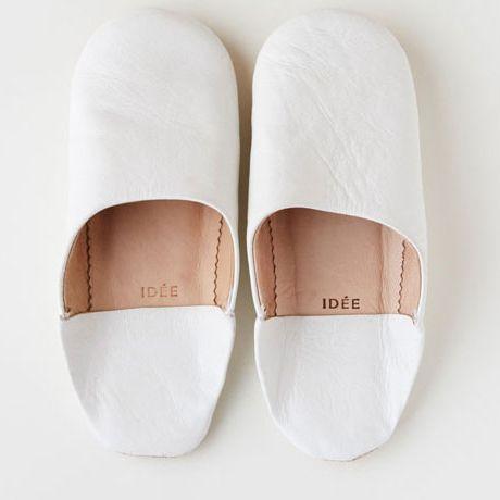 Footwear, White, Shoe, Slipper, Mary jane, Beige, Espadrille, Slingback,