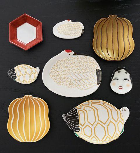 Leaf, Plate, Illustration, Dishware, Tableware, Cuisine,