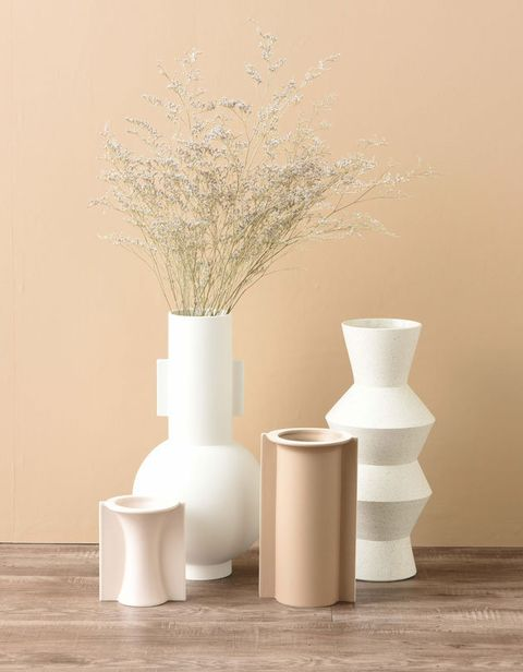 Flowerpot, White, Vase, Still life photography, Table, Still life, Ceramic, Room, Artifact, Tree,