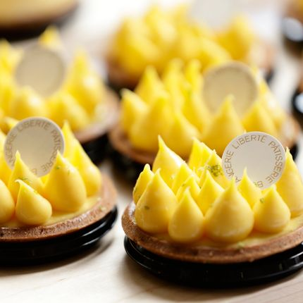 Dish, Food, Cuisine, Yellow, Canapé, Petit four, Pâtisserie, Dessert, Ingredient, Baked goods,