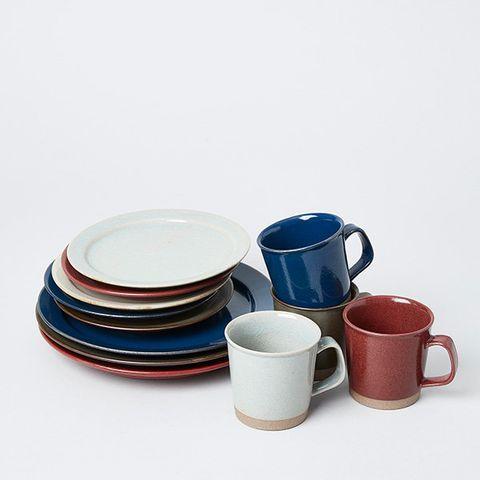 Dishware, earthenware, Dinnerware set, Porcelain, Tableware, Cup, Serveware, Cup, Ceramic, Saucer,