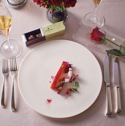 Food, Fork, Dish, Dishware, Plate, Cuisine, À la carte food, Tableware, Table, Cutlery,