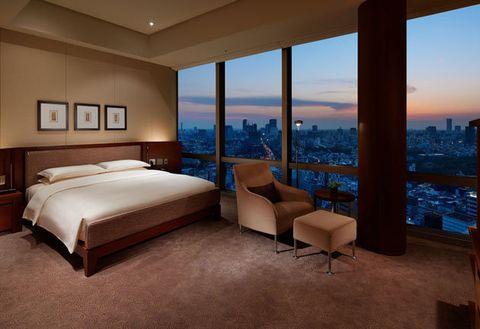 Bedroom, Furniture, Room, Property, Interior design, Bed, Suite, Bed frame, Building, Floor,