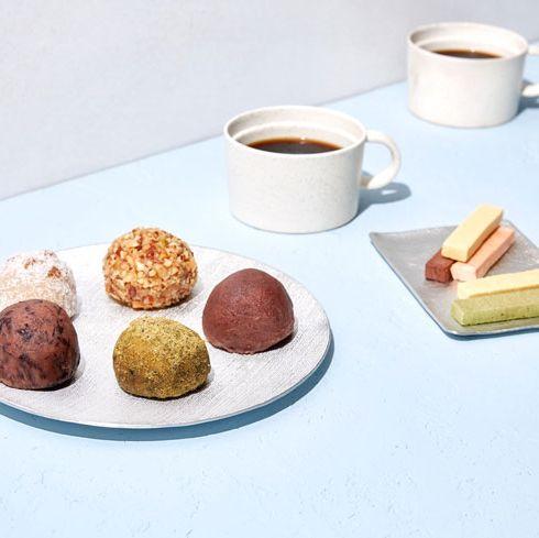 Food, Cuisine, Dish, Ingredient, Dessert, Finger food, Petit four, Serveware, Macaroon, Praline,