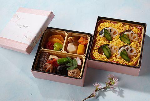Cuisine, Dish, Meal, Food, Bento, Osechi, Comfort food, Tteok, Japanese cuisine, Box,