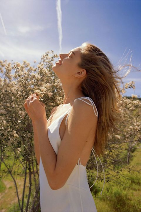 Hair, People in nature, Beauty, Light, Long hair, Sunlight, Shoulder, Blond, Hairstyle, Sky,