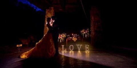 Entertainment, Performance art, Performing arts, Performance, Event, Dance, Stage, Modern dance, Dress, Dancer,