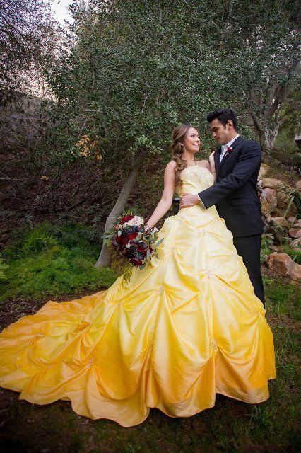 Gown, Dress, People in nature, Wedding dress, Photograph, Yellow, Bridal clothing, Bride, Clothing, Formal wear,