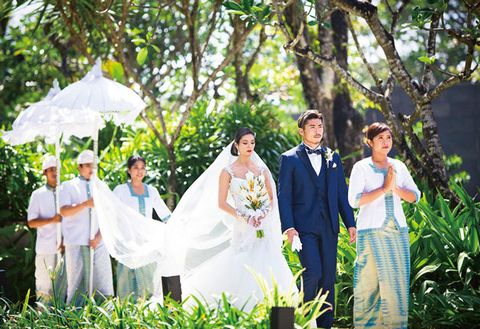 Photograph, Ceremony, Yellow, Wedding dress, Bride, Event, Wedding, Bridal clothing, Marriage, Botany,