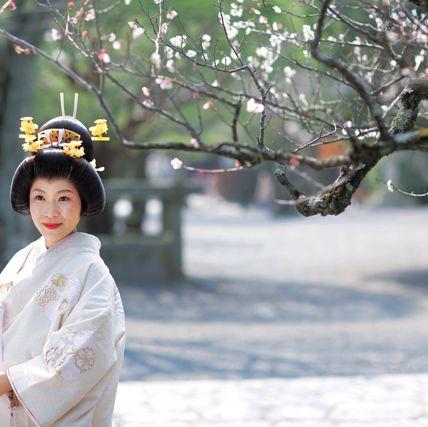 Branch, Twig, Street fashion, Headgear, Headpiece, Hair accessory, Costume, Fur, Kimono, Portrait photography,