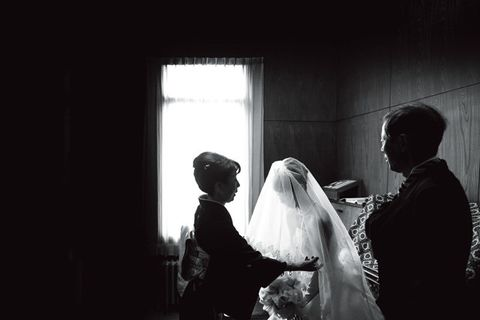 Bridal veil, Veil, Bridal clothing, Bridal accessory, Monochrome, Bride, Wedding dress, Darkness, Gown, Flash photography,
