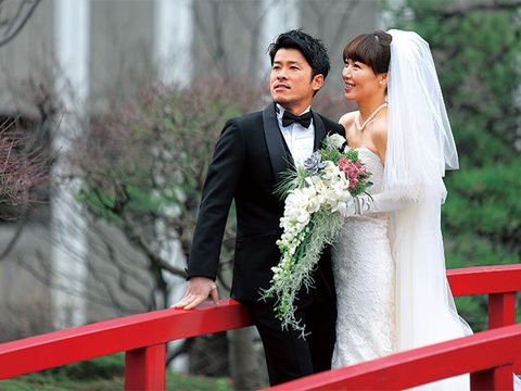 Clothing, Coat, Bridal clothing, Event, Trousers, Dress, Bride, Suit, Photograph, Wedding dress,
