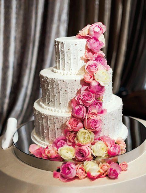 Wedding cake, Sugar paste, Cake decorating, Buttercream, Pink, Cake, Icing, Fondant, Sweetness, Food,