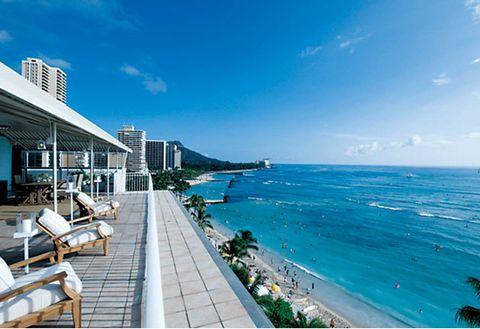 Property, Sky, Sea, Ocean, Resort, Real estate, Vacation, Coast, Building, Swimming pool,