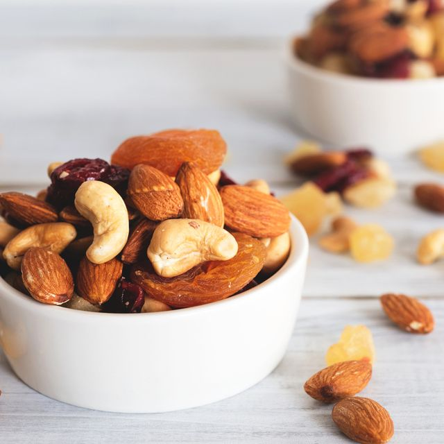 Food, Dried fruit, Ingredient, Nut, Nuts & seeds, Almond, Produce, Mixed nuts, Natural foods, Trail mix,