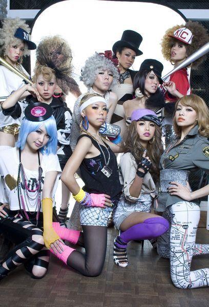 Face, Hat, Eye, Costume, Headgear, Fashion accessory, Costume accessory, Fashion, Youth, Sun hat,
