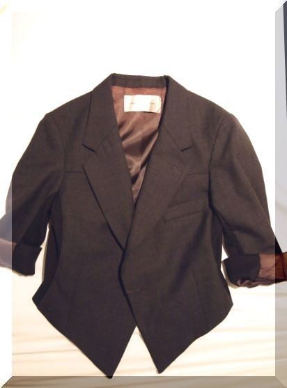 Clothing, Product, Collar, Coat, Sleeve, Textile, Dress shirt, Outerwear, Pattern, Blazer,