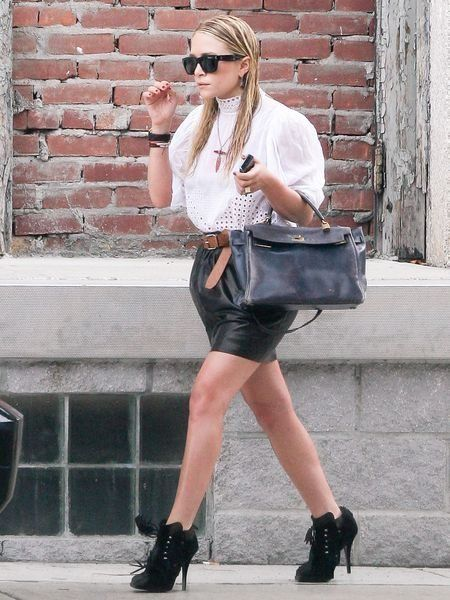 Clothing, Footwear, Glasses, Joint, Sunglasses, Outerwear, White, Human leg, Street fashion, Bag,