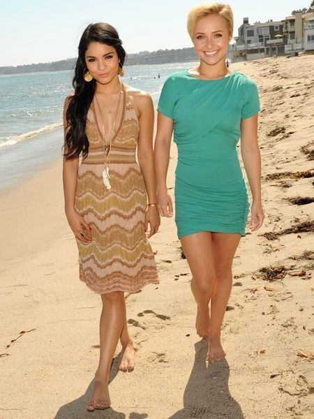 Clothing, Dress, Skin, Sleeve, Shoulder, People on beach, Joint, Standing, Happy, Summer,