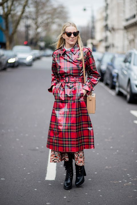 Plaid, Tartan, Clothing, Street fashion, Pattern, Fashion, Footwear, Design, Pink, Textile,