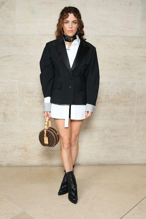 Clothing, Fashion model, White, Fashion, Fashion show, Outerwear, Blazer, Footwear, Shorts, Street fashion,