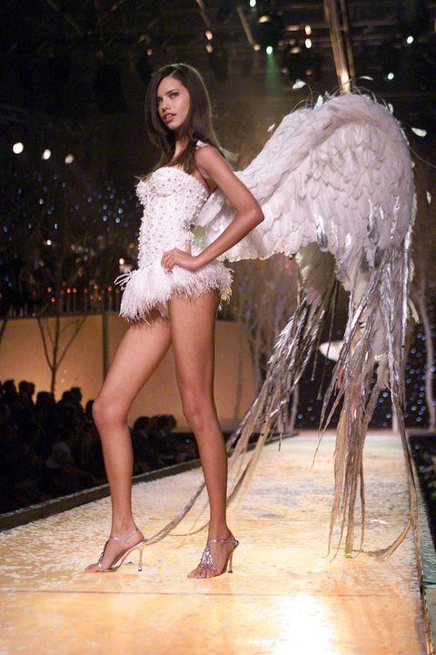 Fashion model, Fashion show, Fashion, Clothing, Leg, Beauty, Human leg, Model, Thigh, Runway,