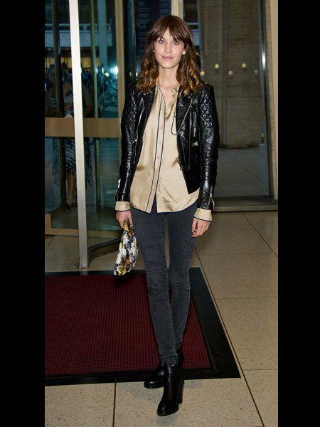 Textile, Outerwear, Style, Jacket, Street fashion, Fashion accessory, Fashion, Blazer, Leather, Knee,