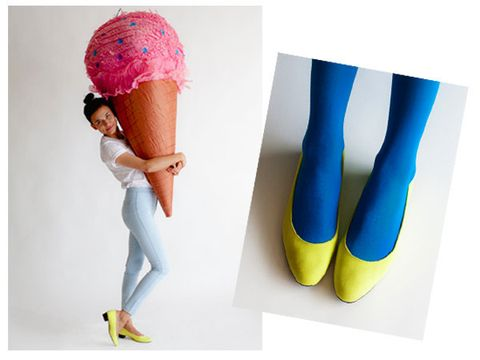 Textile, Human leg, Knee, Electric blue, Magenta, Waist, Denim, Tights, Fashion design, Pocket,
