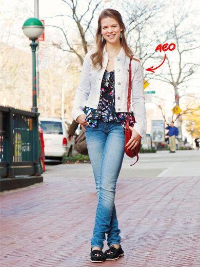 Clothing, Trousers, Denim, Jeans, Textile, Outerwear, White, Style, Street fashion, Street light,