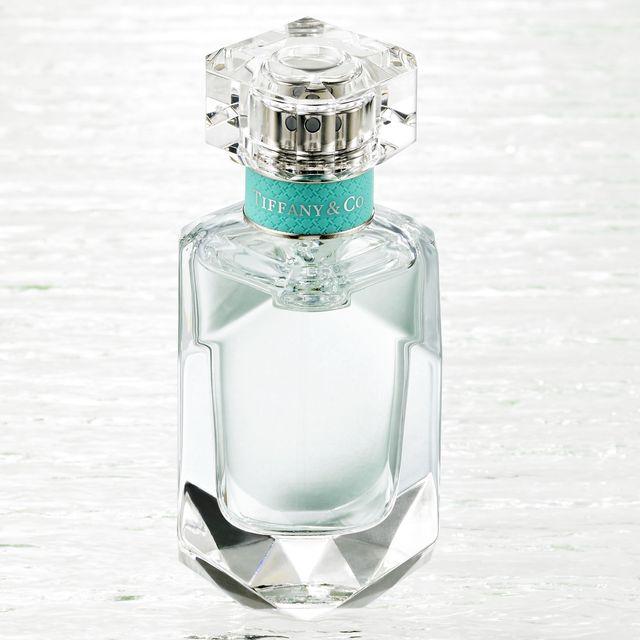 Liquid, Fluid, Perfume, Bottle, Glass, Glass bottle, Teal, Aqua, Azure, Drinkware,
