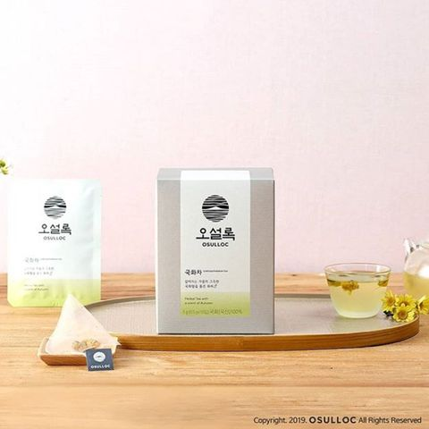 Serveware, Liquid, Drink, Drinkware, Cosmetics, Packaging and labeling, Skin care, Liqueur, Advertising, Personal care,