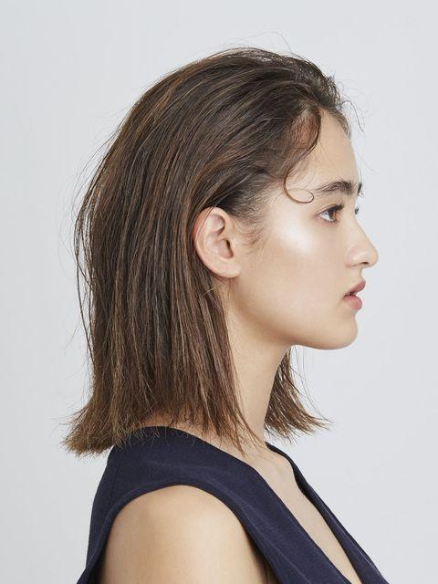 Lip, Cheek, Hairstyle, Skin, Chin, Forehead, Shoulder, Eyebrow, Joint, Eyelash,