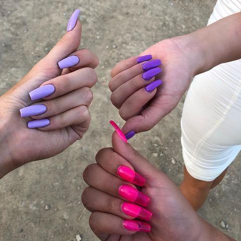 Finger, Skin, Nail, Magenta, Pink, Purple, Violet, Thumb, Lavender, Nail care,