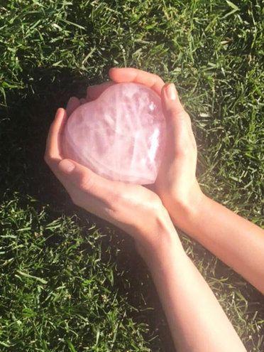 Grass, Hand, Finger, Arm, Leg, Grass family, Plant, Thumb, Foot, Soil,