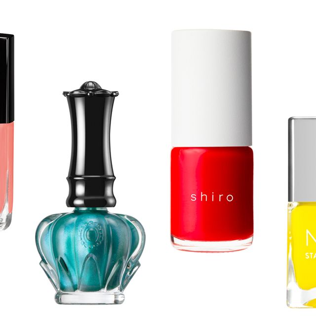 Liquid, Product, Fluid, Perfume, Red, Glass, Cosmetics, Beauty, Bottle, Tints and shades,