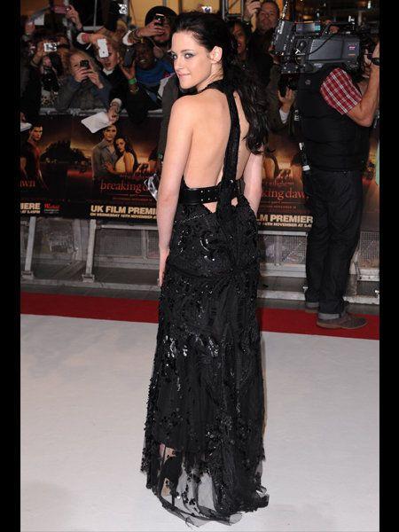 Trousers, Dress, Shoulder, Style, Premiere, Gown, Fashion, One-piece garment, Fashion model, Long hair,