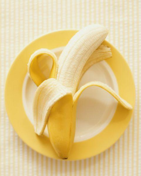 Banana family, Yellow, Banana, Food, Cuisine, Lemon peel, Dish, Plant, Fruit, Produce,
