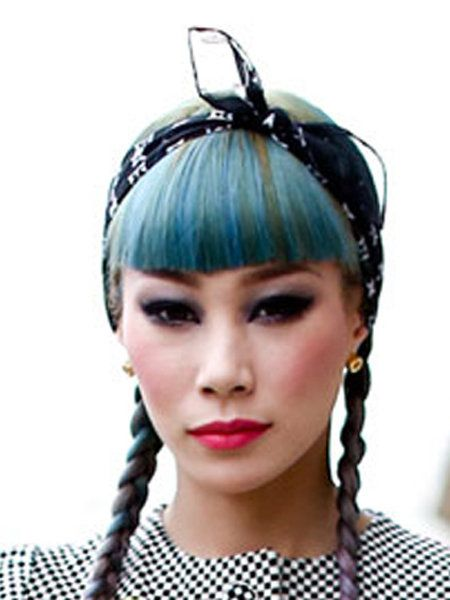 Lip, Hairstyle, Chin, Forehead, Eyebrow, Eyelash, Hair accessory, Style, Headpiece, Headgear,