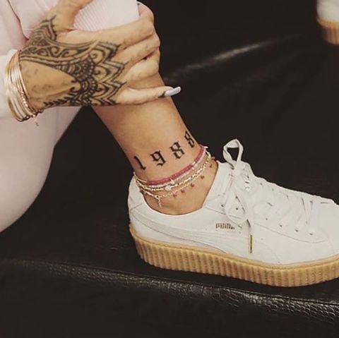 Shoe, Footwear, White, Beige, Brown, Ankle, Fashion, Joint, Cool, Leg,