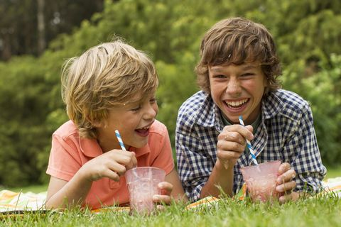 Smile, Hand, Happy, People in nature, Summer, Drink, Tooth, Sharing, Drinking, Drinking straw,