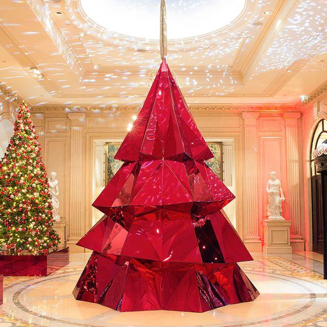 Decoration, Christmas decoration, Christmas tree, Christmas, Red, Tradition, Christmas ornament, Tree, Interior design, Dress,