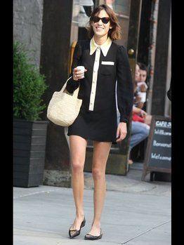 Clothing, Leg, Product, Sleeve, Shoulder, Human leg, Photograph, Joint, Outerwear, Sunglasses,