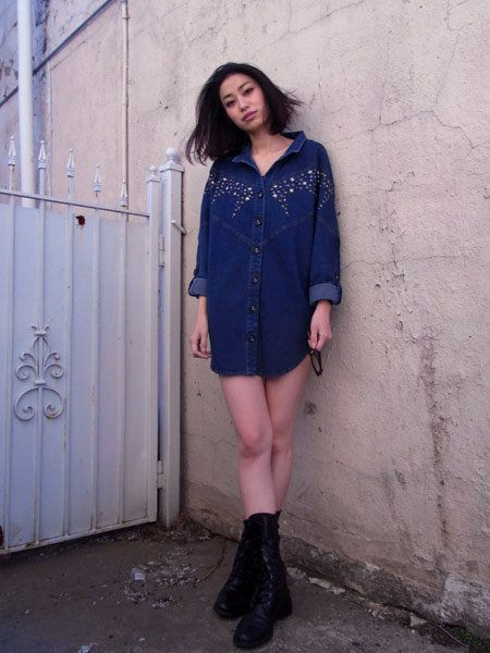 Clothing, Sleeve, Shoulder, Textile, Human leg, Joint, Outerwear, Boot, Style, Dress,