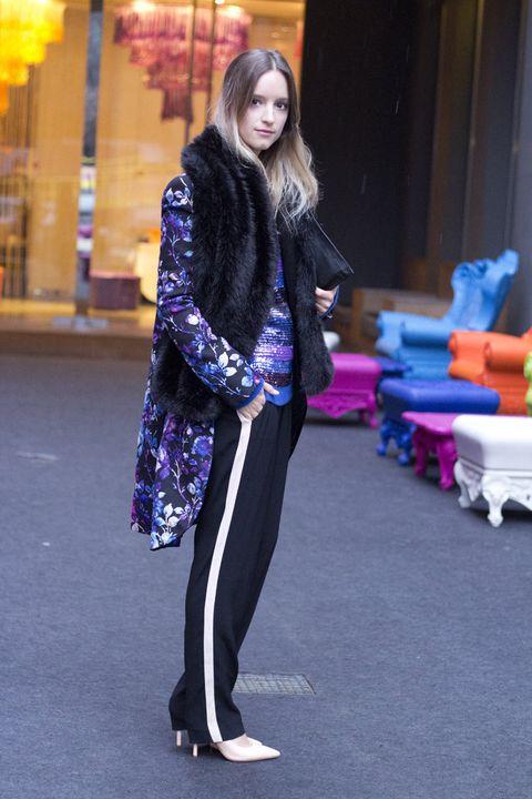 Outerwear, Purple, Style, Street fashion, Violet, Magenta, Electric blue, Active pants, Cobalt blue, Leggings,