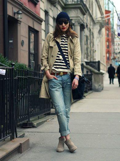 Clothing, Leg, Denim, Trousers, Jeans, Textile, Sunglasses, Outerwear, Standing, Street,