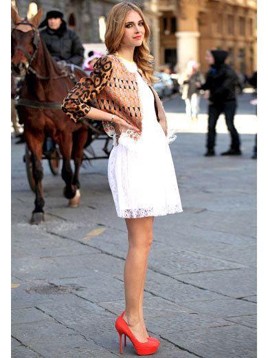 Human, Shoulder, Dress, Style, Street fashion, Horse, Street, Bag, Horse supplies, Fashion,