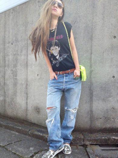 Clothing, Leg, Product, Denim, Trousers, Jeans, Shoulder, Textile, Shoe, Standing,