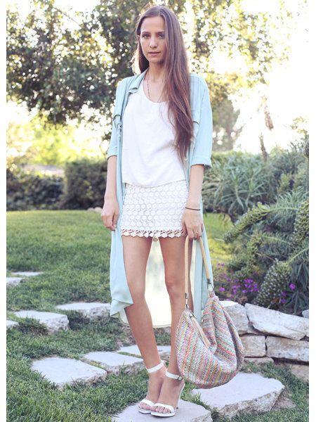 Clothing, Sleeve, Shoulder, Textile, Human leg, Bag, Summer, Street fashion, Knee, Luggage and bags,