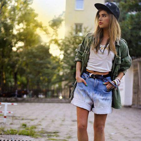 Clothing, Leg, Brown, Sleeve, Human body, Human leg, Denim, Hat, Cap, Textile,